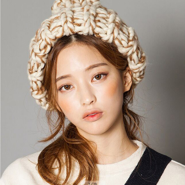 2016 moda Inverno chapéus de malha para mulheres quente cor da mistura vestido Triângulo forma de lã beanie hat 5 cores por atacado