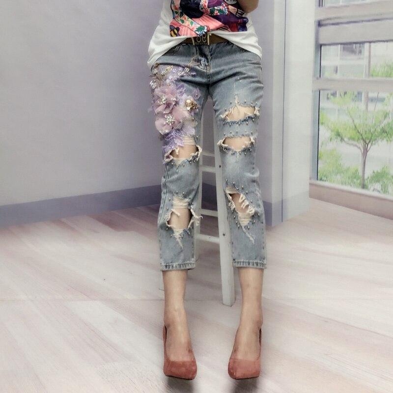 Europe Trous Jeans Femmes Printemps Été Brodé Pantalon De Mode Lourd Perle Jeans Sept pantalon denim Femme 3D Fleur Jeans