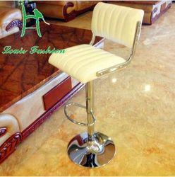 A cadeira de bar cadeiras elevador com alto tamborete de barra cadeira de bar-estilo europeu