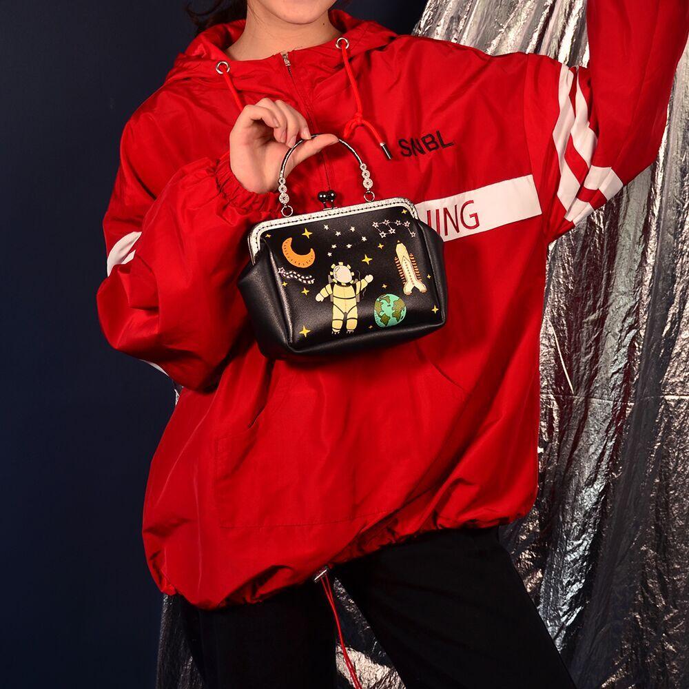 Новинка 2019, креативная сумка, сумки, корейская мода, тренд, косые, универсальная, переносная, Золотая сумка
