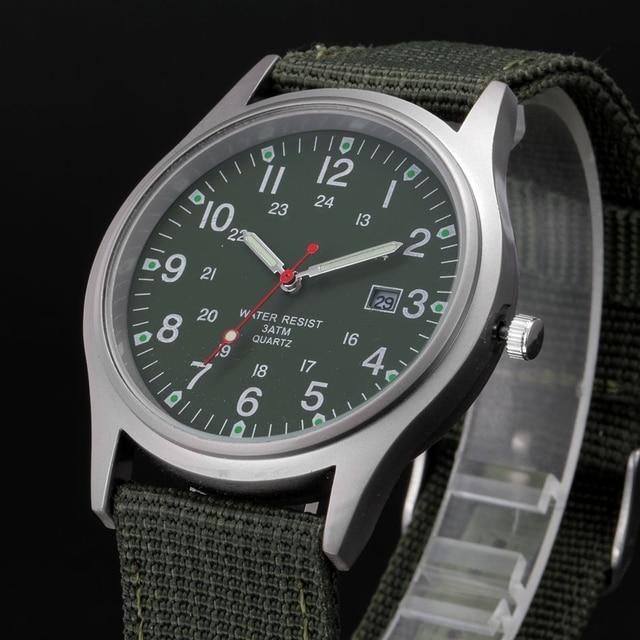 ca77f350de7 Barato por atacado Relógios Homens Nylon Banda Calendário Casuais Relógio  de Quartzo Meninos Meninas Presentes Relógio de Pulso montre reloj relógio  Do ...