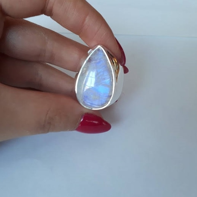 OMHXZJ Wholesale European Fashion Woman Man Party Wedding Gift Silver White Water Drop Moonstone 925 Sterling Silver Ring RR34 1