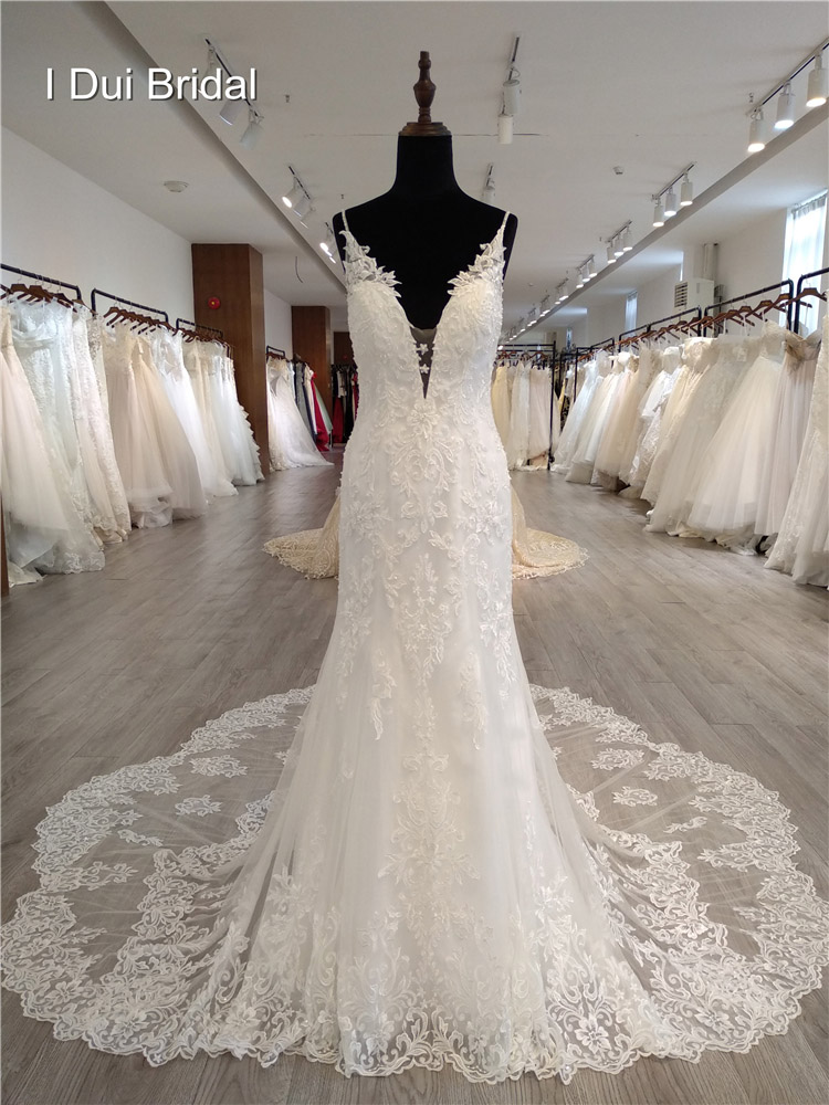 Strapless Bow Tie Wedding Dress With Ruffles Unique Design New Bridal Gown