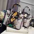 Free shipping 2017 summer newest fashion women handbag Contrast color gradient Serpentine platinum bag Lock shoulder bag messeng