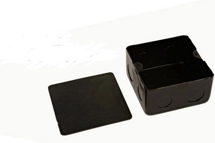au floor socket (1)