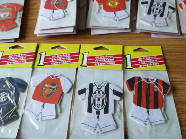 100pce World famous soccer jersey football team Team logo car air freshener Football air freshener Random shipments