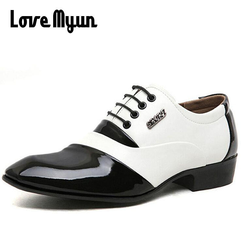 купить Mature Men Pointed toe fashion dress shoes mens patent leather shoes business white wedding shoes lace up flats size 38-44 AB-05 по цене 1162.76 рублей