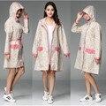 Sexy Lady Floral knie-länge Langen Regenmantel Frau hubasqueros Mujer Kleid Regen Mantel Wasserdicht Regen Ponchos Jacken Regenbekleidung Getriebe