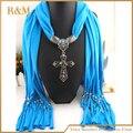 Moda bufanda barata con joyería