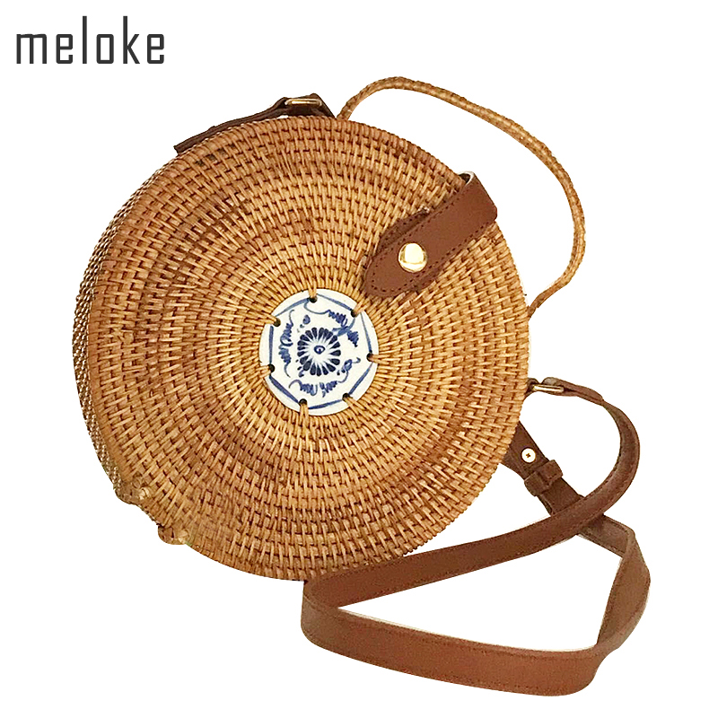 Meloke 2018 high quality handmade rattan round shapes shoulder bags fashion leather strap bags straw beach bags 2 size