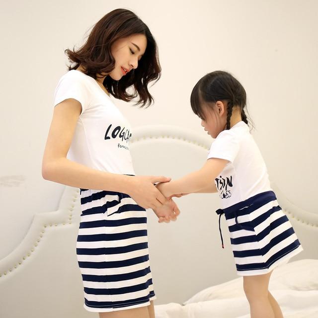 2017 Новый Дети Летние Платья поддельные из двух частей мать женщин платье модели производителей, продающих одно поколение