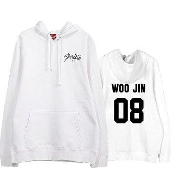 Kpop straykids/пуловер с принтом логотипа и имени участника; черно белые толстовки; флисовая свободная толстовка унисекс; сезон осень зима
