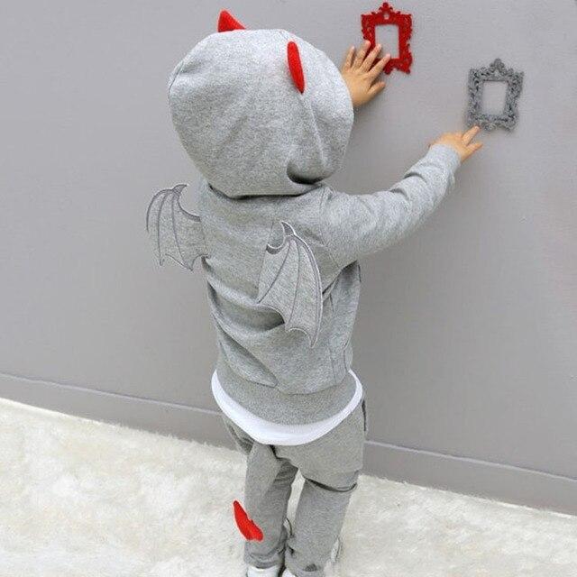 Мальчики одежда 2016 Новый Осень Повседневная С Длинным Рукавом спортивный костюм дети устанавливает Мультфильм чертенок комплектов одежды Хэллоуин подарки