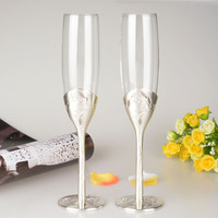 Fashion Wedding Toasting Flute Red Wine Cup Goblet Heart Champagne Glass Wedding Gifts Wine Glass
