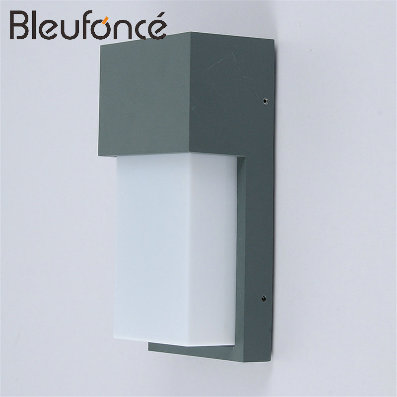 Фото Outdoor Waterproof Aluminum Wall Lamp 10W LED Wall Sconce Lighting Garden Light Modern Simple Outdoor Waterproof Wall Lamps BL96