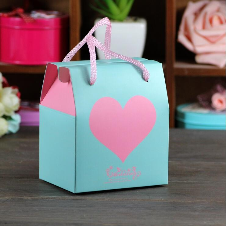 20pcs cake food paper box with handle christmas birthday party candy gifts packaging bag gift box for snack cookie chocolates in gift bags wrapping