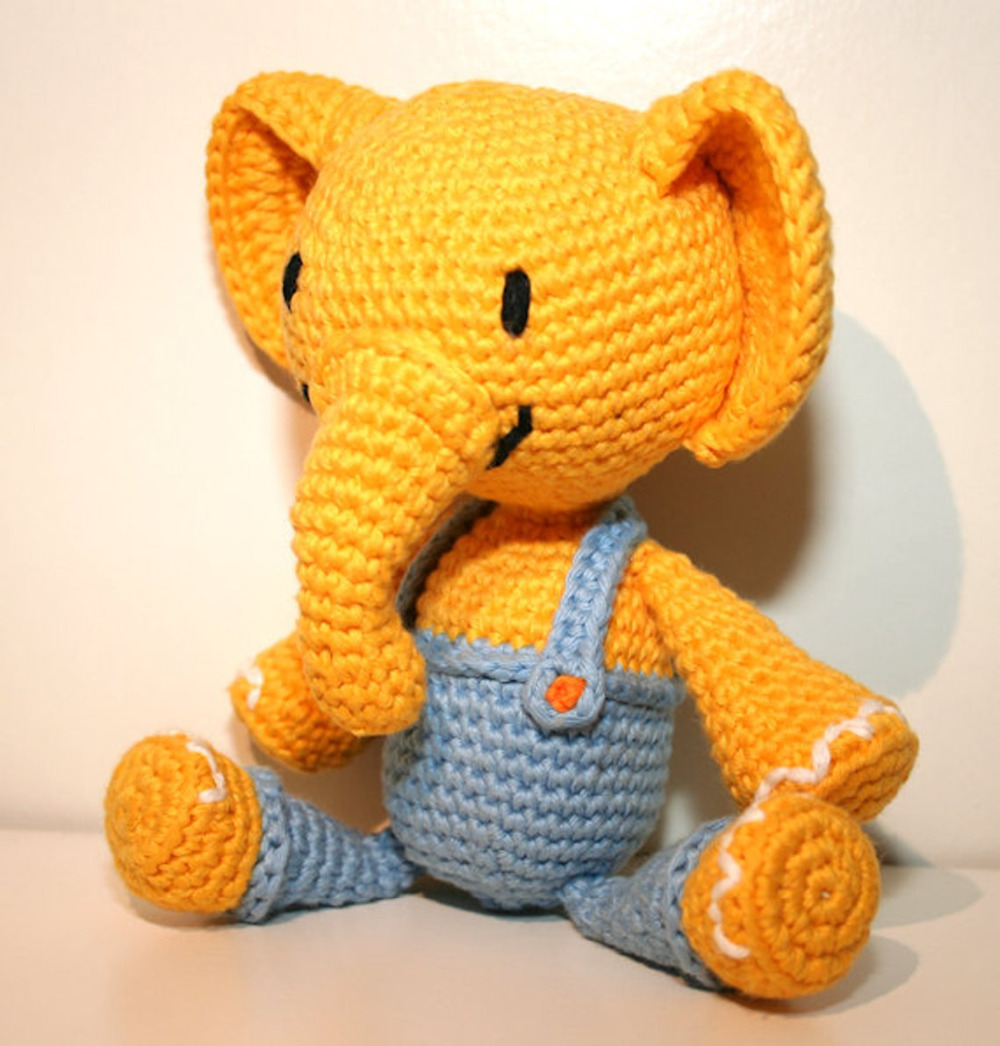 PATTERN : Elephant -Amigurumi Elephant pattern-Crochet pattern ... | 1046x1000