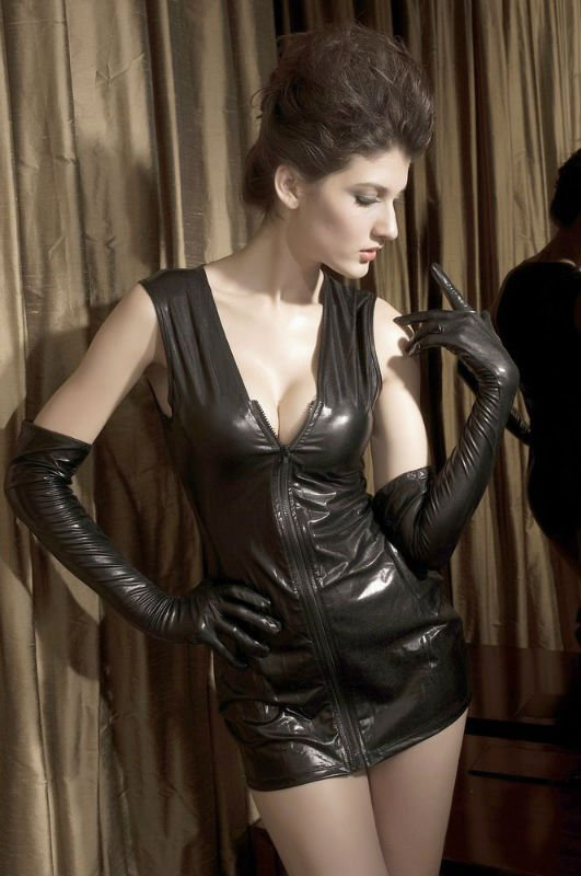 Ladies erotic leather gloves