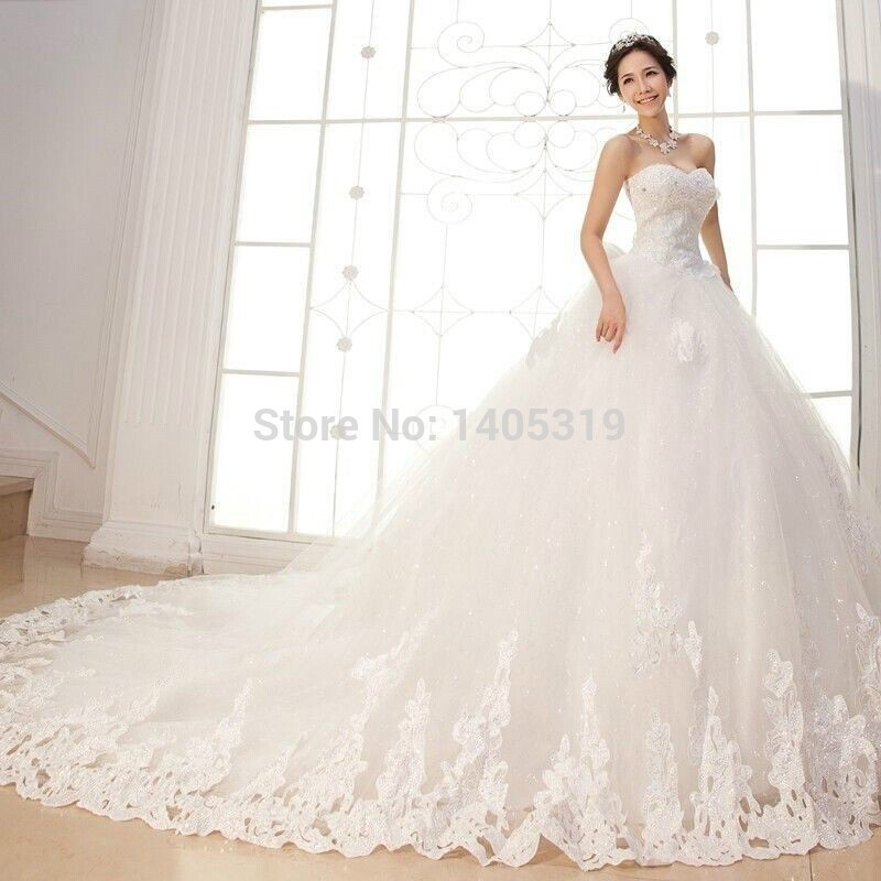 New white ivoryWhite romantic lace backless royal train Wedding Dresss 2018 vestido de noiva wedding dress free shipping in Wedding Dresses from Weddings Events