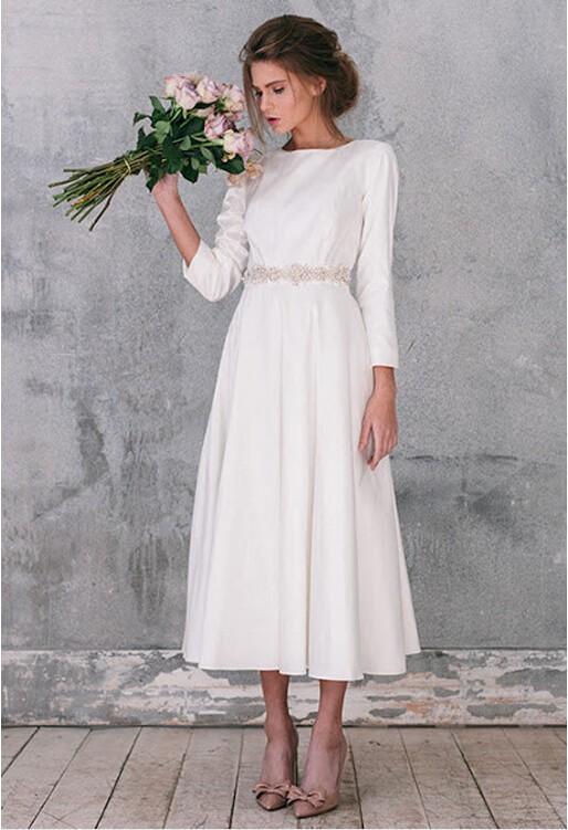 Vintage Style Short Wedding Dress Tea Length Scoop Long Sleeves