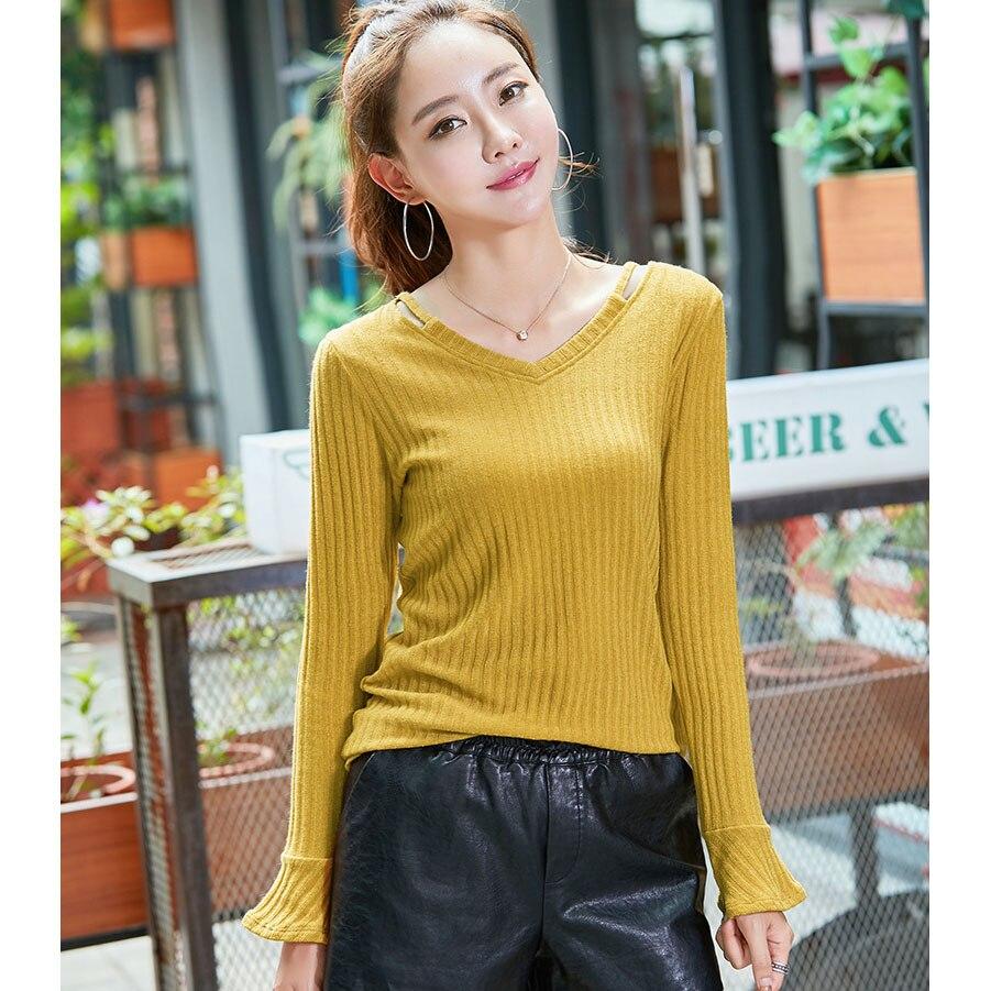 Knitted T Shirt Women V Neck Long Flare Sleeve T-Shirts Striped Tshirt 2018 Autumn Winter Casual Korean Fashion Womens Tops