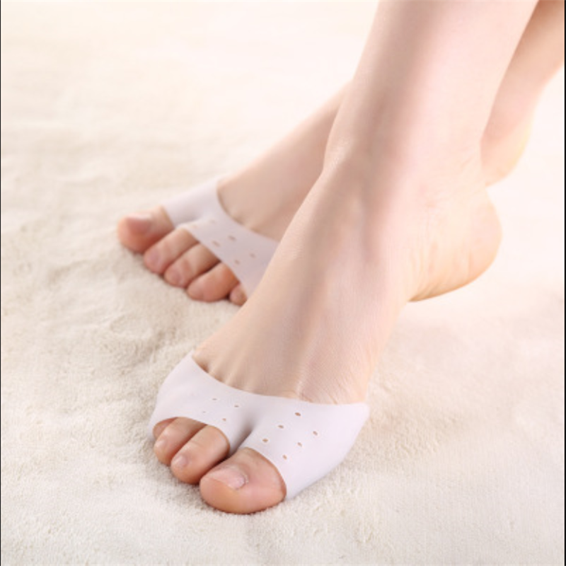 Stylish 2015 feet care Professional Silicone Gel Pointe Toe Cap Cover kids girl Soft Pads Protectors for Pointe Ballet Shoes New