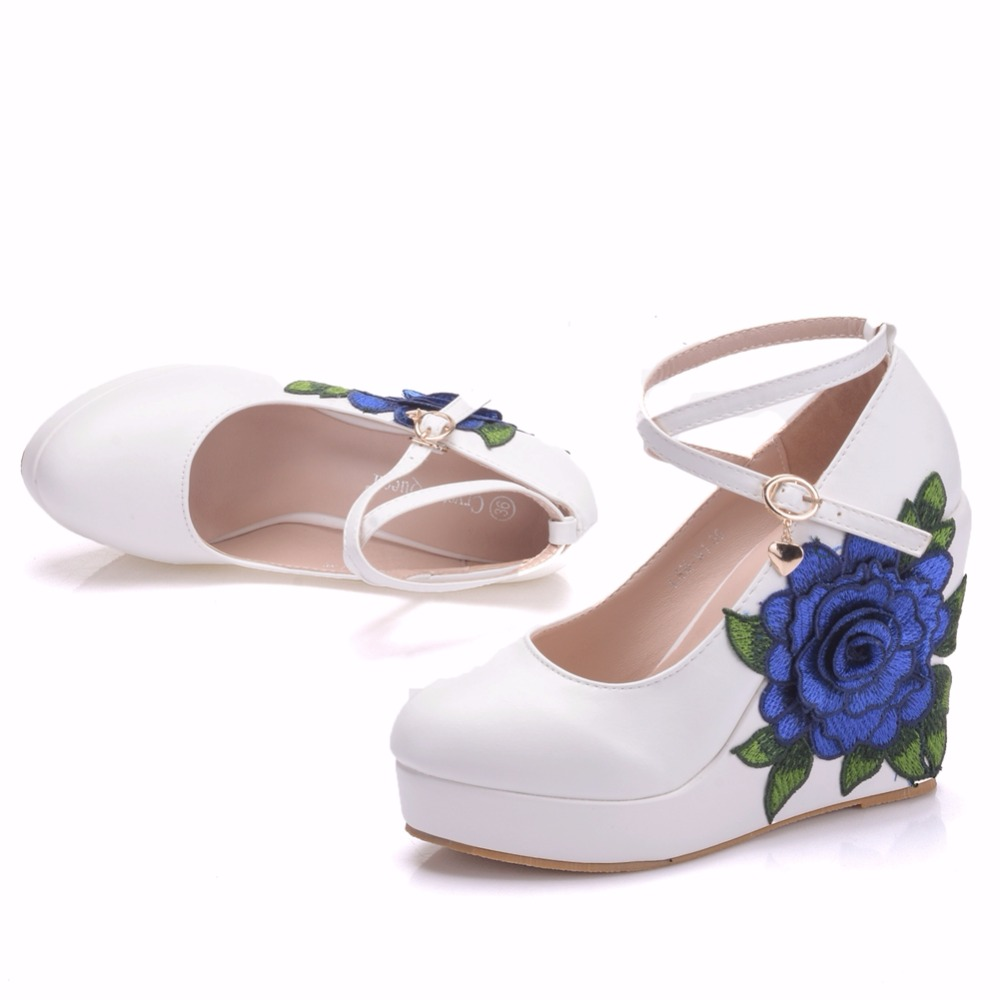 7713873380 US $42.9 35% OFF|Crystal Queen Blue Lace Flower Bride Wedge Shoes High Heel  Wedding Dress Shoes With Matching Bag Wedges Pumps With Purse-in Women's ...
