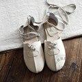 Тисненая Кожа Женщины Повседневная Обувь Коровьей Плоские Туфли Женщин Ретро Литературный Сплошной Цвет Мягкий Подошва Обуви Обувь Женщина