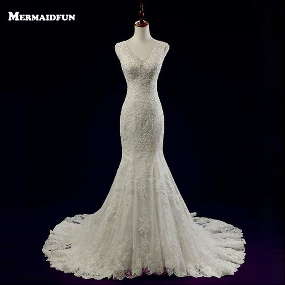 Buy 2017 vestido de noiva new elegant Lace button back wedding dress