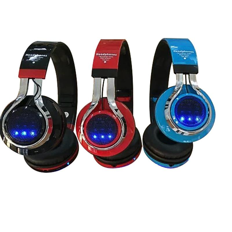 Di modo Incandescente Stereo Casque Audio Bluetooth Cuffia Senza Fili  Grande della Cuffia Avricolare di Sport del Trasduttore Auricolare Mic HA  CONDOTTO LA ... 373afa86af51