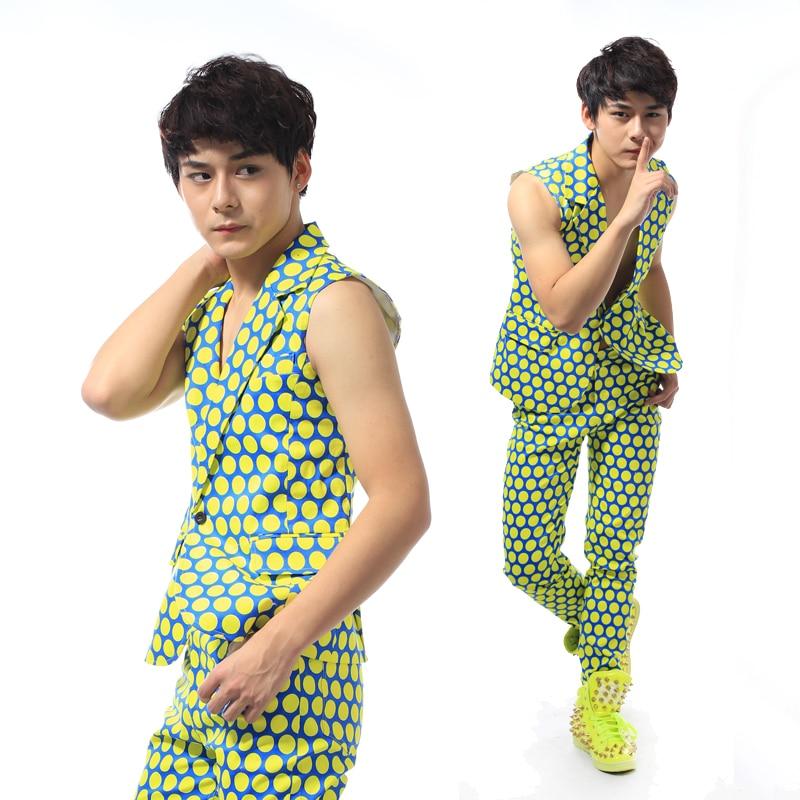 New Fashion Male Polka Dot Slim Suit Vest Men's clothing costume Party show Stage suit vest performance wear