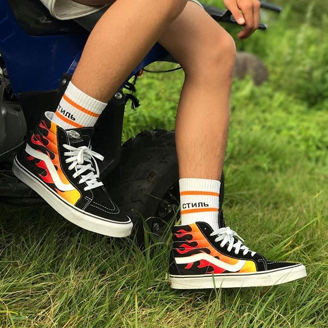 Heron European And American Street Shoot Tide Brand Socks Letters Couple Harajuku Men And Women Hip-Hop Skate Tube Socks