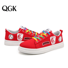 QGK 2019 Fashion Women Vulcanized Shoes Ladies Lace-up Casual Breathable Canvas Lover Walking Sneakers Graffiti Flat