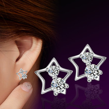 100% 925 sterling silver 2018 new arrival shiny crystal little star ladies`stud earrings jewelry Anti allergy women female gift