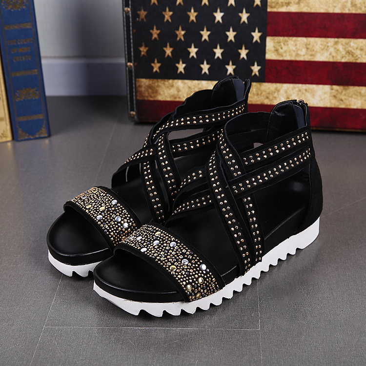 2018 New Cross Strap High Top Shoe Men Black Cut-Out Gladiator Cool Sandals Mens Comfortable Crystals Flat Sandals Summer