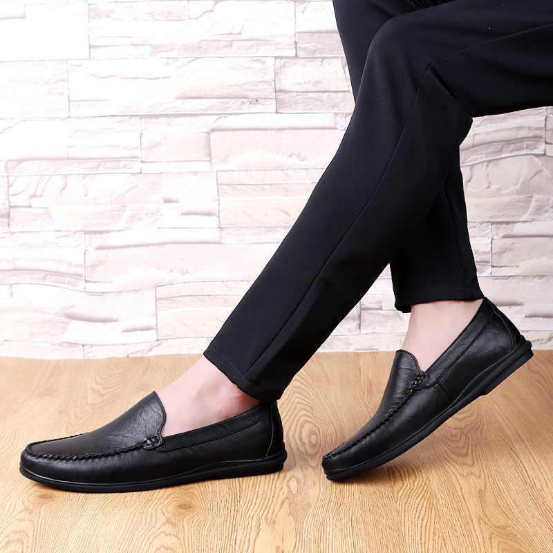 CLAX erkek Moccasins 2019 Yaz Adam deri ayakkabı Slipons Erkek Tekne Ayakkabı Düz Loafer'lar Nefes