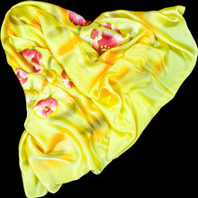 100% Silk Scarf Women Scarf Hand Painted Flower Silk Bandana 2016 Top Silk Hijab Big Square Silk Scarf Hot Luxury Gift for Lady