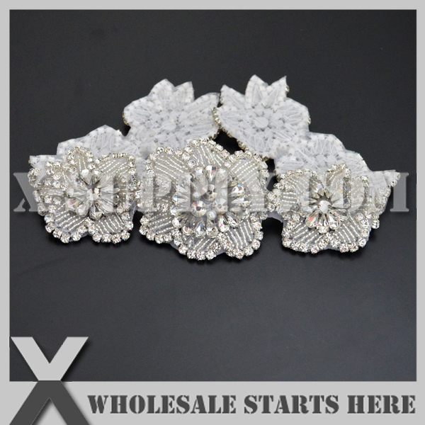 25pcs lot Bridal Crystal Rhinestone Applique Iron On Beaded Patch for Wedding Dress X1 RAT2389
