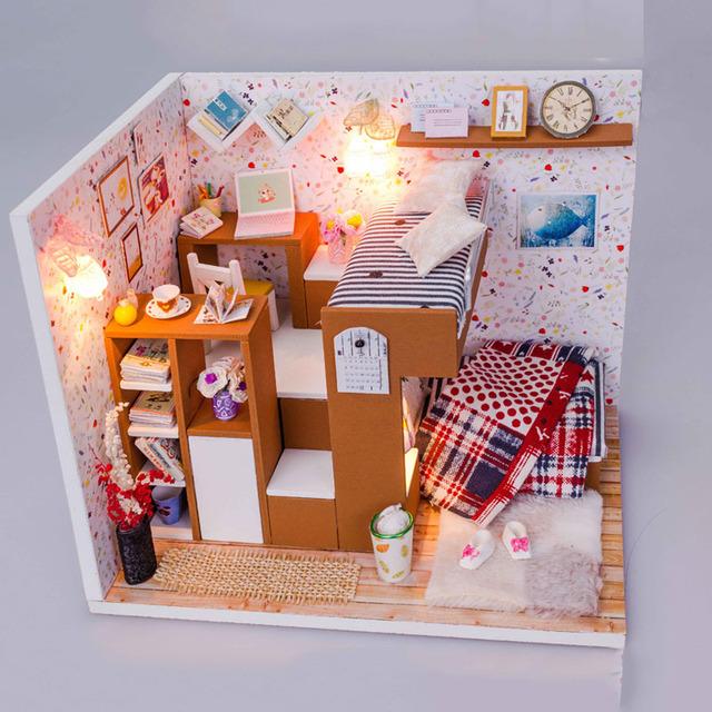 Kit casa de Bonecas Em Miniatura DIY Artesanato Em Madeira-Quarto do menino Bonito & Móveis/instrução inglês