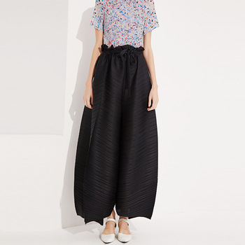 цена на Plus Size Pants Women Miyake Pleats 2019 Spring Summer Personality Elastic Waist Belted Solid Color Casual Wide-leg Pants