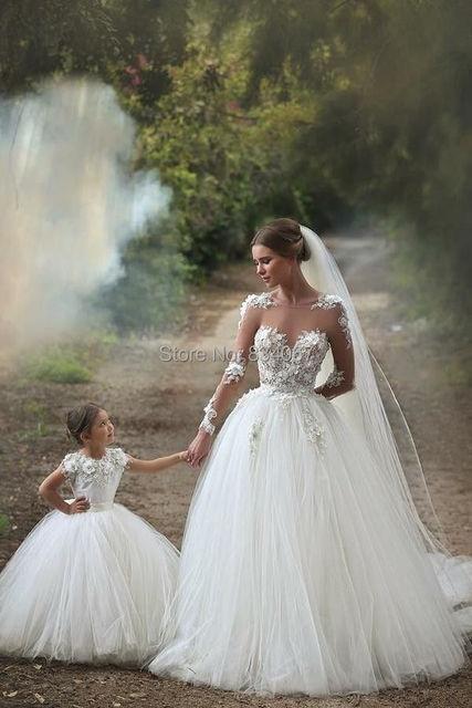 Vestidos de novia con manga transparente