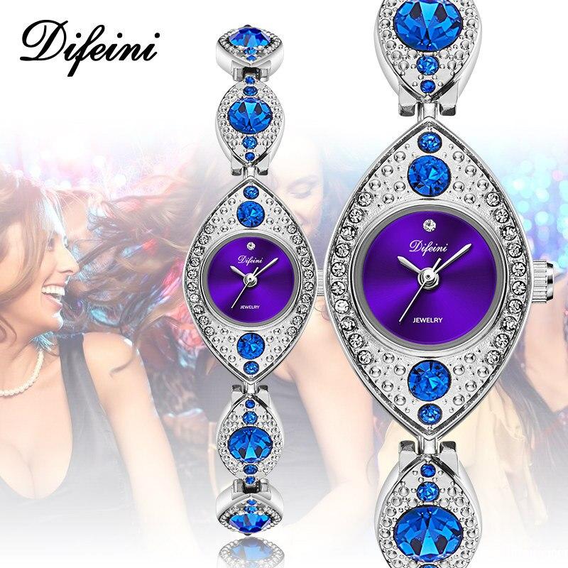 Luxe Femmes montres-bracelets Bijoux Diamant Bleu Rouge Dames horloge décontractée Acier Étanche Femelle Montre-Bracelet montre femme