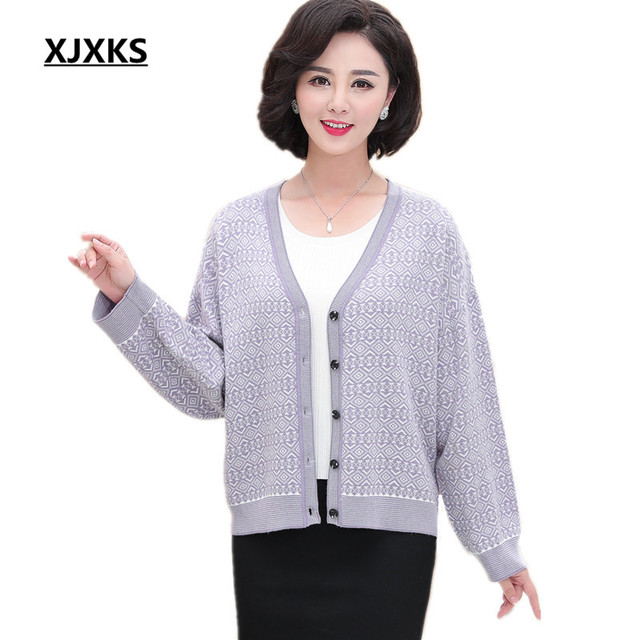 8225cd9c0c5e XJXKS Loose plus size women s cardigan 2018 autumn and winter new Oversized  fashion V-neck single-breasted knit wool cardigan