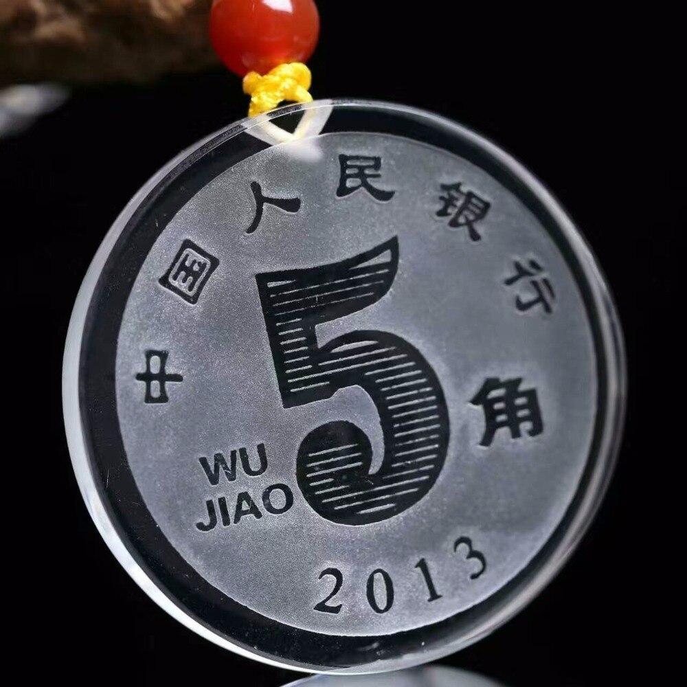 Cristal blanc naturel un yuan 5 pièce de monnaie jiao un pendentif de dollar pour jouer à la voiture accrocher la chaîne de chandail sculpté des pièces d'hommes et de femmes