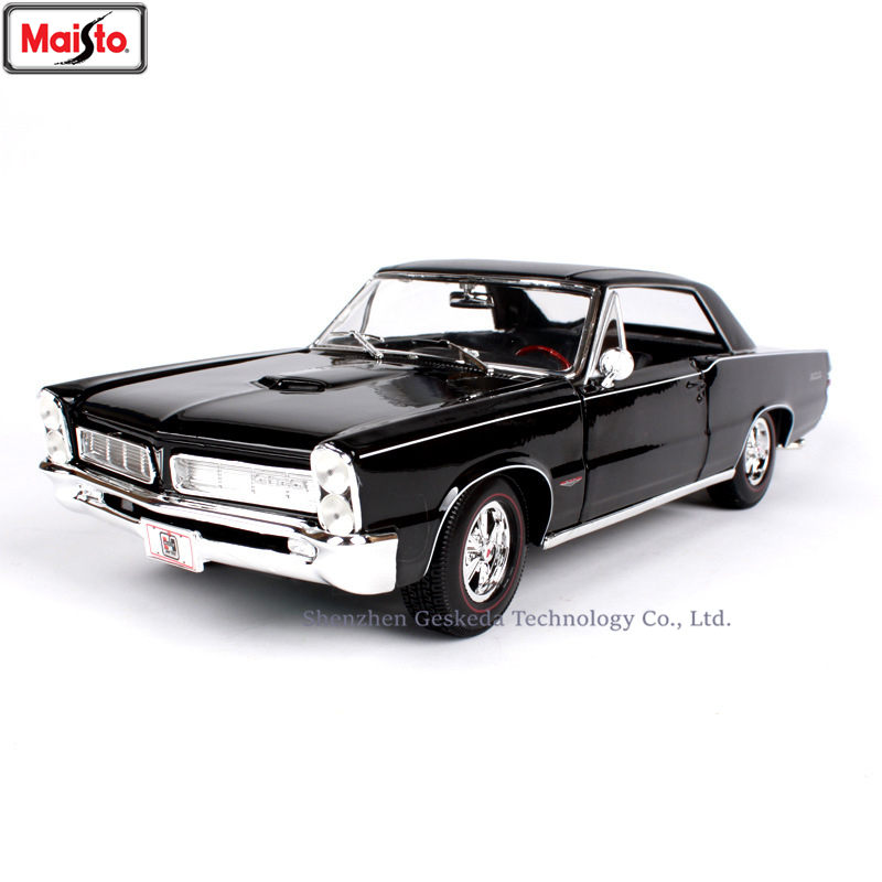 Maisto 1:18 1965 Pontiac GTO Muscle Car Classic Car Alloy Retro Car Model Classic Car Model Car Decoration Collection gift image