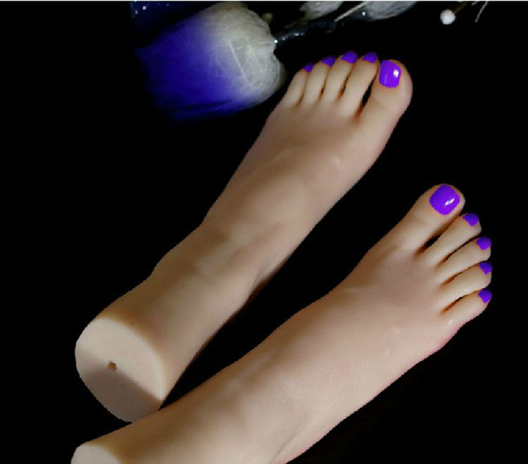 Top Quality Nice Fetish Feet Fake Feet for Training Foot Fetish Toys Worship Foot Toys Mold