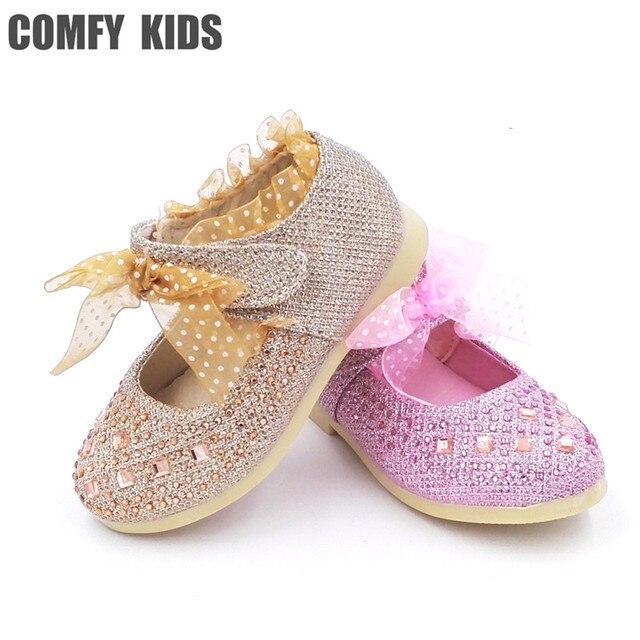 0e67bc8d196b3 Mode dentelle filles enfant princesse chaussures pour petites filles bébé  fond souple chaussures en cuir à