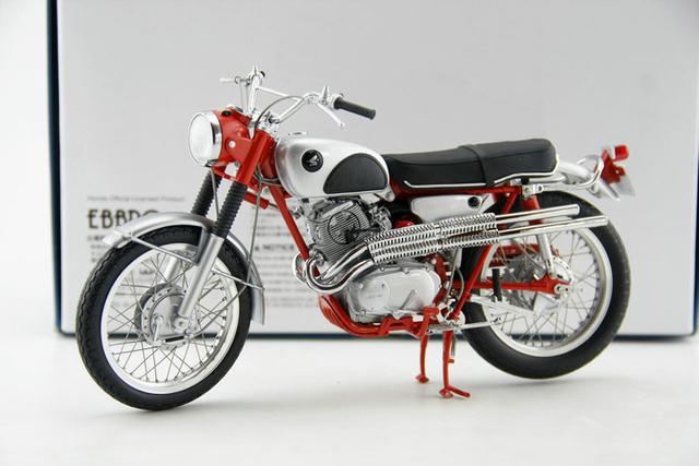 Fine EBBRO 1:10 Retro HNDA CL72 1962 Aleación Modelo de La Motocicleta mano de obra Fina Colección modelo de regalos de Navidad
