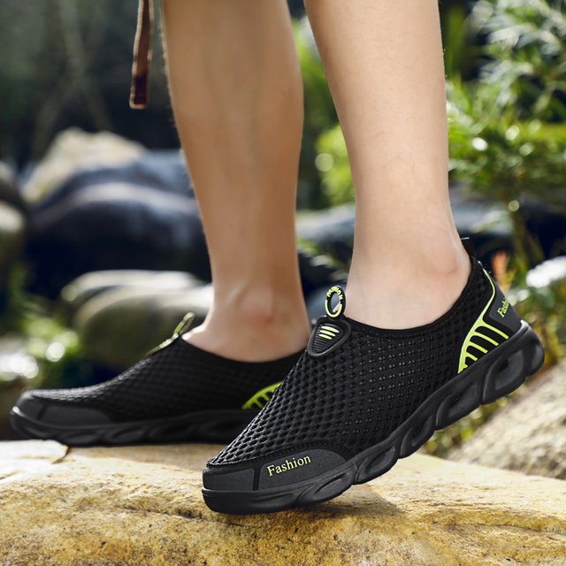 MAISMODA Water Shoes for Men Women Outdoor Beach Non-slip Aqua Shoes Super Light Weight Cheap Wholesale Upstream Creek