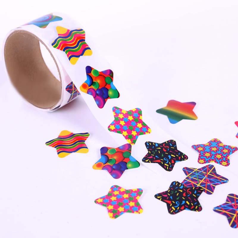 100pcs/1 roll reward stickers roll kids sticker scrapbooking star 3D cartoon characters funny Toys for Children 6